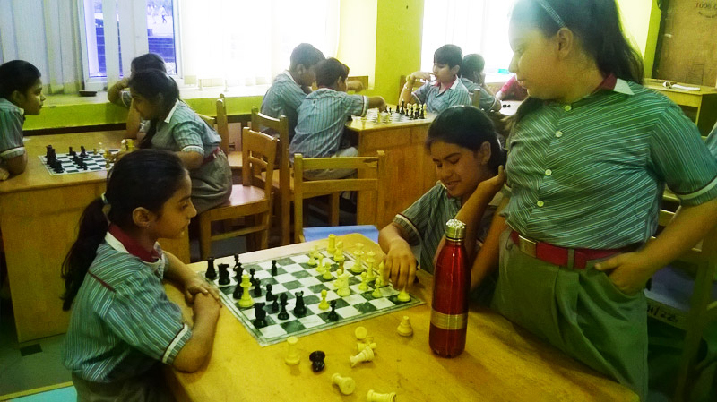 18Chess-Room