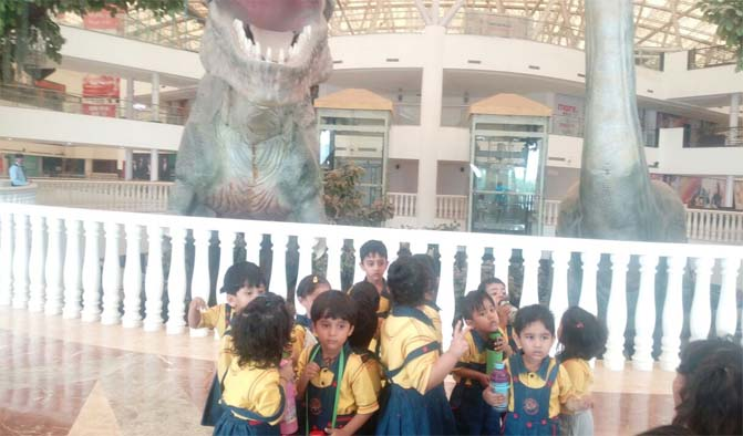 A Rendezvouz with Dinosaurs_3